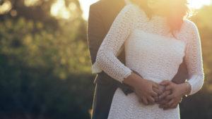 Az 5 szeretetnyelv: mit tegyek ahhoz, hogy a másik átélje, szeretve van?