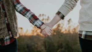 Hogyan mélyíthetjük el a másik emberrel való kapcsolatunkat?